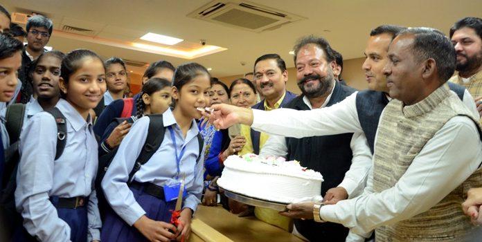 चंडीगढ़ 14 नवंबर 2019। नगर निगम में हर साल देश के प्रधानमंत्री जवाहर लाल नेहरू की जयंती पर बाल दिवस पर कार्यक्रमों का आयोजन होता रहा है।